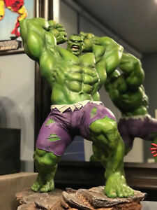 Sideshow Avengers Assemble HULK Statue Exclusive Version