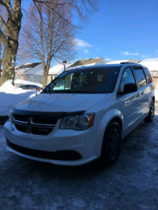 dodge Grand caravan 2014 stow n go
