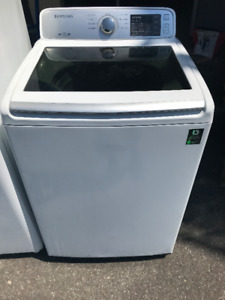 laveuse top load samsung blanche grande cuve en stainless