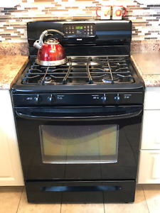 Gas stove - black