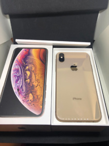 *Iphone XS Gold 64 GB - Perfect Condition!!! Unlocked!*