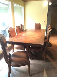 Ranch Style Dining Set