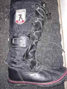EUC, like New  Pajar Women's GRIP HIGH Snow Boots