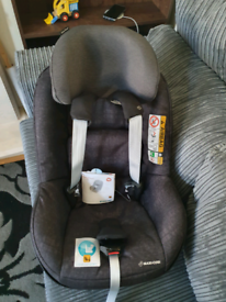 Maxi-Cosi 2 way pearl- brand new