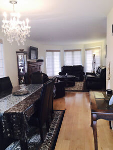 PRICED REDUCED.MOTIVATED SELLER. Cornwall Ontario image 3