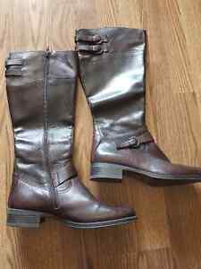 Aldo brown leather new boots size 41