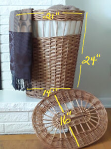 Wicker hamper/baskets
