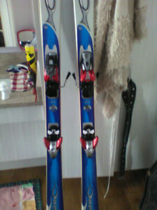 LIKE NEW*  down 0hill skis. No holds! $50.00 obo. Call/ txt