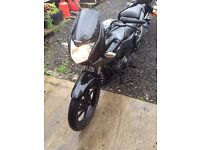 Honda cbf 125 - 12 months mot - 8773 miles from new