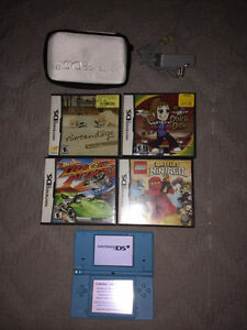 Nintendo DSi w/camera, games and charger