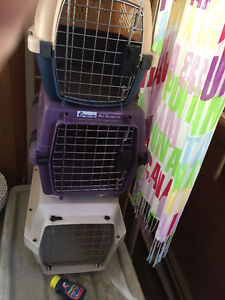 small &1 med  dog/ puppy plastic Kennel