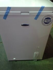NEW! Iceking CH1041H Chest Freezer - Damaged