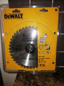 Dewalt 216dia saw blade. Used
