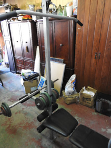 Weider PRO 137  Bench Press, Lat Pull Down,  + 255 pounds