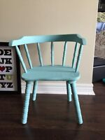 Baby antique capita in chair- very shabby chic