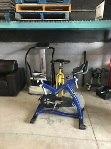 progression spin bike commercial grade (new condition)