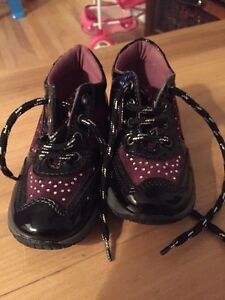 Toddler shoes size 22 West Island Greater Montréal image 1