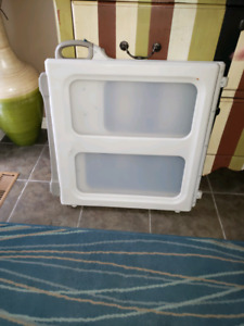 Baby gate to give away