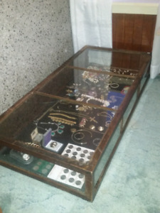1880s/1900s store display case