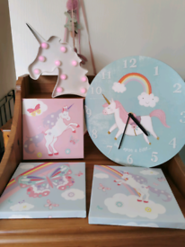 Unicorn wall clock, light and pictures