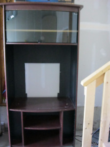 Pristine condition tv unit with lots of storage for sale