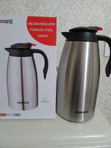 THERMOTASTIC Vacuum insulated Stainless steel Carafe London Ontario image 2