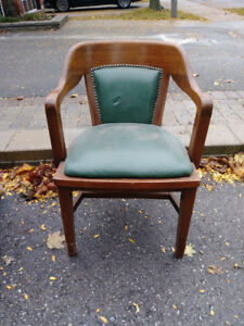 Green Leather Chair + Free Delivery