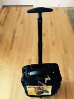 Prix REduit! Brand NEW !!!  Bugatti® Travel Bag on Wheels, Black