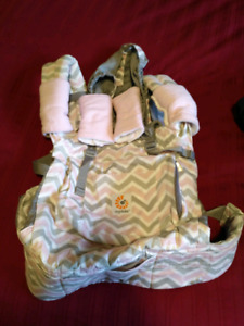 Ergobaby Carrier, suck pads & covers