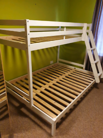 Triple sleeper high bed double at bottom