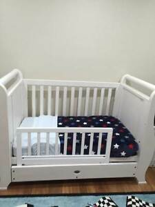 Boori Cot and Dresser/Chest/Change Table Gladesville Ryde Area Preview
