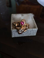 Ring with diamond and ruby