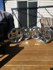 "4 GMC OEM 18"" chrome rims"