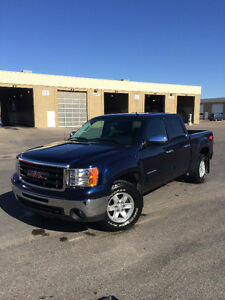 2011 GMC Sierra 1500 SLE **PRICED TO SELL