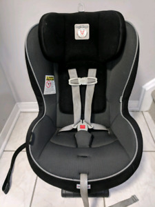 selling peg perego convertible car seat