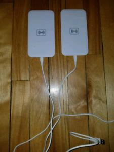 deux chargeurs sans fil à vendre pour téléphone