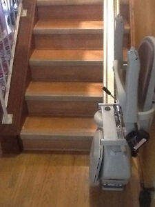 Stairlifts - Save with Local Authorized Acorn Dealer Edmonton Edmonton Area image 4