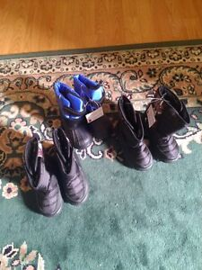 Winter  shoes brand new for sale size 6 and 9 Kingston Kingston Area image 2