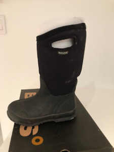 BOGS Winter Boots (size 11)