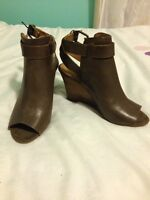 *Brand New* Nine West Leather Brown Wedge Booties - Sz 6M