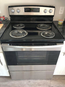 Four Stainless Amana - Stainless Oven