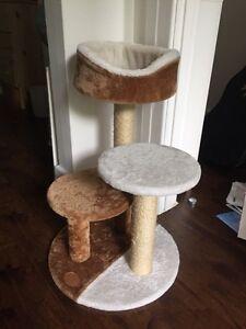 Arbre a chat/ module pour chat/ maison pour chat!