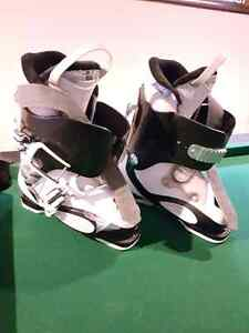 Very gently used ski boots