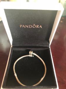 Pandora Bracelet (20 cm)