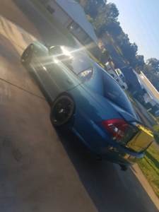 2005 Holden commodore