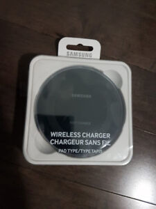 Samsung Galaxy Wireless Charger excellent condition S7,S8,S9+