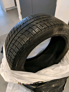 3 Winter tire pneu hiver 225 / 45 r 17 comme neuf