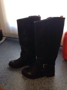 Joe Fresh Tall Black Girls Boots - Size 12 - EUC
