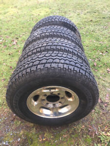 2001 Dodge Ram 2500 Rims and Tires.