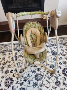 Graco Baby Swing and Rocking Chair